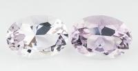 Пара бледно-фиолетовых аметистов отличной российской огранки формы овал, общий вес 22.9 карат, размер 17.8х12.5мм (amth0242)