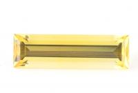 Золотистый берилл гелиодор багет вес 5.67 карат, размер 21.3х6.3мм (beryl0082)