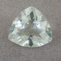 Бледно-зеленый берилл триллион вес 5.61 карат, размер 13х12.3мм (beryl0134)