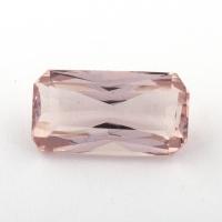 Бледно-розовый берилл морганит формы октагон, вес 2.26 карат, размер 10.9х5.9мм (beryl0182)
