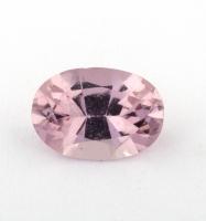 Бледно-розовый берилл морганит формы овал, вес 0.69 карат, размер 7.4х5.2мм (beryl0191)