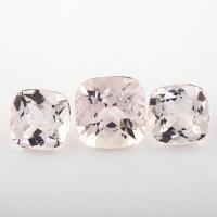 Комплект розовых бериллов морганитов формы антик, вес 14.17 карат, размеры 12.1x12 и 10.1х10.1мм (beryl0211)