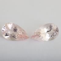 Пара розовых бериллов морганитов формы груша, общий вес 19.22 карат, размер 20.1х12.1мм (beryl0235)
