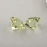 Пара зеленовато-желтых бериллов гелиодоров формы квадрат, общий вес 2.45 карат, размер 6х6мм (beryl0254)