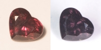 Гранат с александритовым эффектом сердце вес 3.11 карат, размер 9х7.8мм (ccgarnet0005)