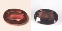 Гранат с александритовым эффектом овал вес 2.42 карат, размер 9.4х6.6мм (ccgarnet0010)