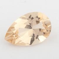 Золотистый данбурит формы груша, вес 1.05 карат, размер 8.9х5.9мм (danburit0040)