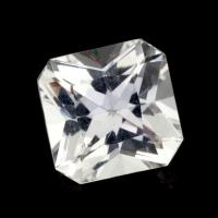 Бесцветный данбурит формы квадрат, вес 1.6 карат, размер 7.4х7.3мм (danburit0043)