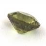Гранат демантоид формы овал, вес 0.7 карат, размер 5.7х5.2мм (dem0048)
