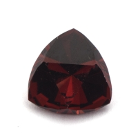 Гранат (пироп-альмандин) триллион вес 3.03 карат, размер 9.3х9.3мм (garnet0027)