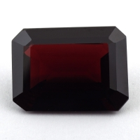 Гранат пироп-альмандин октагон, вес 20.66 карат, размер 19.8х14.6мм (garnet0039)