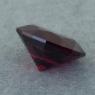 Гранат пироп-альмандин отличной российской огранки формы овал, вес 6.31 карат, размер 12.6х9.8мм (garnet0052)