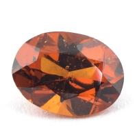 Коричневато-оранжевый гранат гессонит формы овал, вес 1.96 карат, размер 9х6.7мм (hess0052)