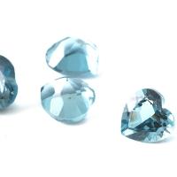 Топаз голубой london сердце размер 5х5мм (london0057)