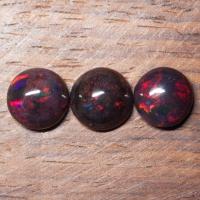 Комплект эфиопских опалов формы круг, общий вес 7.68 карат, размеры 10.6х10.5 и 10х10мм (opal0717)