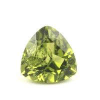 Хризолит (перидот) триллион, размер 10х10мм (perydot0060)