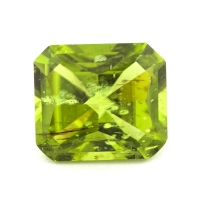 Хризолит (перидот) формы октагон, вес 6.2 карат, размер 11.6х10.2мм (perydot0129)