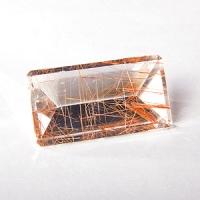 Кварц с включениями октагон вес 57.7 карат, размер 35.8х19.7мм (quartzinc0002)