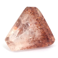 Земляничный кварц фантазийной формы вес 7.24 карат, размер 13.8х12.8мм (quartzinc0061)