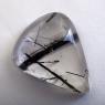 Кварц с включениями турмалина кабошон груша, вес 41.3 карат, размер 29.4х23.4мм (quartzinct0023)