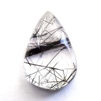 Кварц с включениями турмалина кабошон груша, вес 18.8 карат, размер 23.5х15.9мм (quartzinct0030)