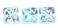 Комплект небесно-голубых топазов отличной российской огранки формы квадрат, общий вес 15.12 карат, размер 9х9мм (sky0104)
