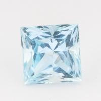 Небесно-голубой топаз отличной российской огранки формы квадрат, вес 5.3 карат, размер 9.1х9.1мм (sky0108)