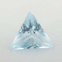 Небесно-голубой топаз отличной российской огранки формы треугольник, вес 2.23 карат, размер 8.8х8.7мм (sky0118)