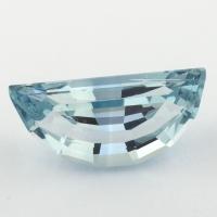 Небесно-голубой топаз отличной российской огранки формы долька, вес 8.09 карат, размер 17.9х7мм (sky0119)