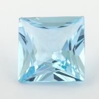 Небесно-голубой топаз отличной российской огранки формы квадрат, вес 9.09 карат, размер 12.1х12мм (sky0121)