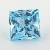Небесно-голубой топаз отличной российской огранки формы квадрат, вес 4.84 карат, размер 8.9х8.7мм (sky0122)