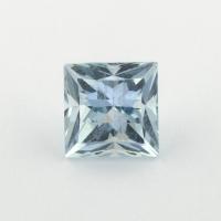 Небесно-голубой топаз отличной российской огранки формы квадрат, вес 1.91 карат, размер 6.2х6.1мм (sky0124)