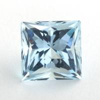 Небесно-голубой топаз отличной российской огранки формы квадрат, вес 7.23 карат, размер 10х9.9мм (sky0129)
