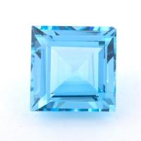 Небесно-голубой топаз формы квадрат, вес 15.7 карат, размер 14х14мм (sky0133)