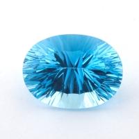 Небесно-голубой топаз формы овал, вес 21.5 карат, размер 19.7х14.7мм (sky0143)