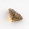 Золотистый сфен триллион вес 0.79 карат, размер 6.9х5мм (sphene0029)