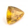 Золотистый сфен триллион вес 0.93 карат, размер 7.5х5.9мм (sphene0034)