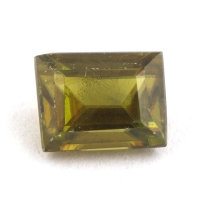 Золотисто-зеленый сфен багет вес 0.69 карат, размер 5.3х4.1мм (sphene0048)