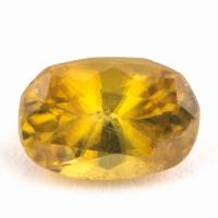Золотистый сфен овал вес 0.96 карат, размер 6.8х4.6мм (sphene0053)