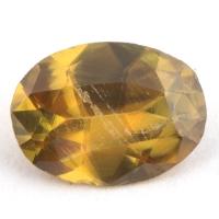 Золотистый сфен овал вес 0.8 карат, размер 7.3х5.4мм (sphene0054)