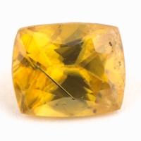 Золотистый сфен антик вес 1.02 карат, размер 6.5х5.3мм (sphene0078)