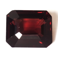 Темно-красная шпинель октагон, вес 5.72 карат, размер 11.5х9.3мм (spinel0180)
