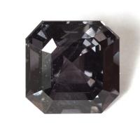 Темно-серая шпинель октагон, вес 3.07 карат, размер 7.9х7.9мм (spinel0188)