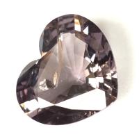Сиренево-серая шпинель сердце, вес 2.36 карат, размер 9.6х8.3мм (spinel0189)