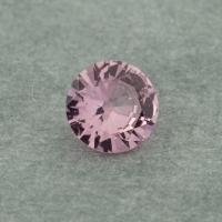 Розовая памирская шпинель отличной российской огранки формы круг, вес 0.42 карат, размер 5х5мм (spinel0236)
