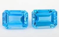 Пара ярко-голубых топазов формы октагон, вес 42.07 карат, размер 18х13мм (swiss0035)