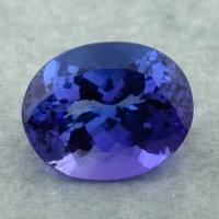 Яркий фиолетово-синий танзанит овал, вес 11.91 карат, размер 15.7х12.6мм (tanz0451)