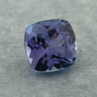 Фиолетово-синий танзанит антик, вес 1.32 карат, размер 6.1х6.1мм (tanz0467)