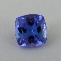 Яркий фиолетово-синий танзанит формы антик, вес 1 карат, размер 6х5.9мм (tanz0490)