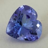 Фиолетово-синий танзанит формы сердце, вес 4.32 карат, размер 10.8х10.7мм (tanz0493)
